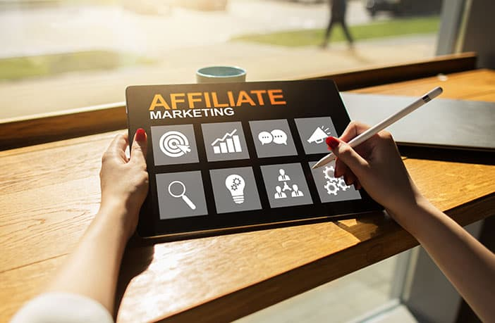 select best affiliate marketing program